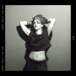 81381_MadonnaFirstAlbumPortfolioPhotoshoot_1366_122_838lo